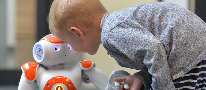invloed robot op kinderen